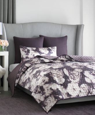vince camuto home lisbon queen printed coverlet - bedding