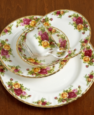 "Royal Albert ""Old Country Roses"" Teacup and Saucer"