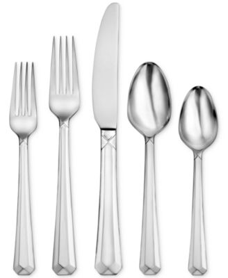 Oneida Chroma 65-Pc. Set, Service for 12