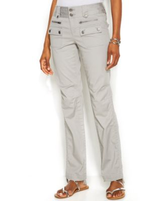 Shop Dillard's for the latest styles in women's petite casual and dress pants.