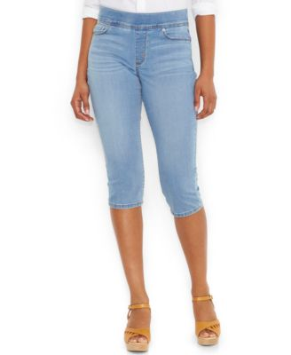 Levi's® Pull-On Capri Jeans, Black Wash - Jeans - Women - Macy's