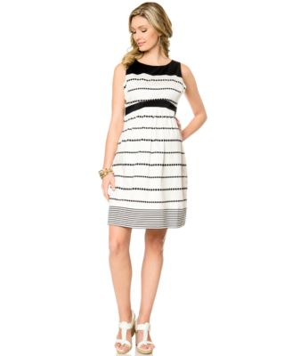 Motherhood Maternity Printed V-Neck Dress - Maternity - Women - Macy's