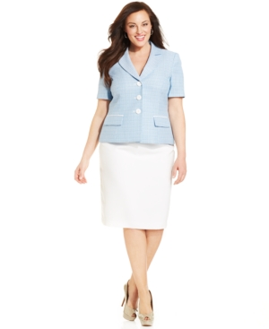 Le Suit Plus Size Short Sleeve Skirt Suit
