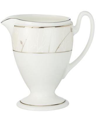 Waterford Dinnerware, Lisette Creamer