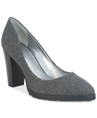 Tahari Remini Platform Pumps