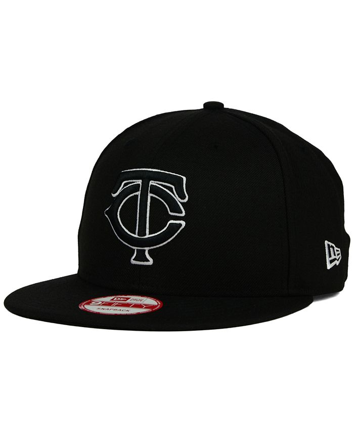 New Era - Minnesota Twins Black White 9FIFTY Snapback Cap