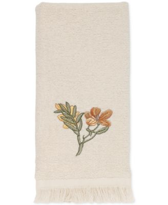 Avanti Bath Accessories, Alana Fingertip Towel