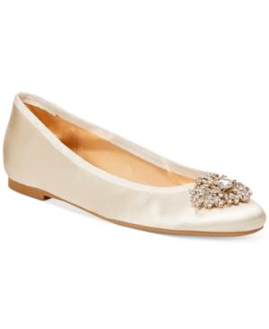 Badgley Mischka Abella Evening Flats Women's Shoes