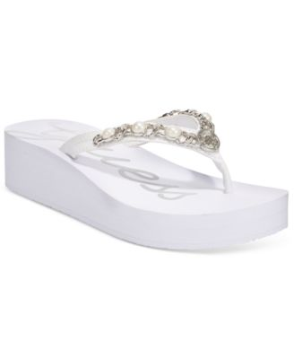 2ccfdfa6aef0 yellow box womens cocoa white embossed strap eva foam flip flop  guess  womens ettera flip flops