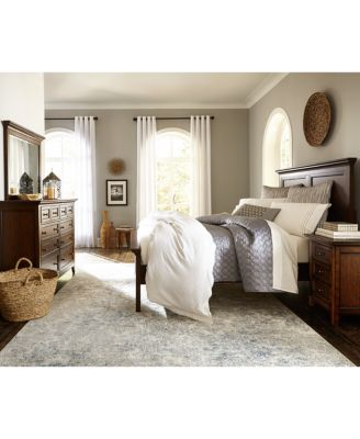 Matteo Bedroom Furniture, 3 Pc. Bedroom Set (Queen.