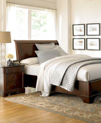 Claret Bedroom Furniture, 3-Pc. Bedroom Set (Queen Bed, Chest ...
