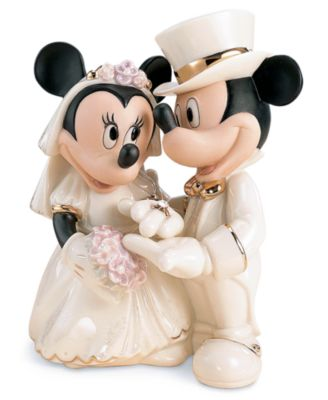 Lenox Collectible Disney Figurine, Mickey Mouse and Friends Minnie Mouse's Dream Wedding