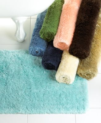"""CLOSEOUT! Martha Stewart Collection Bath Rug, Synthetic 17"""" x 24"""