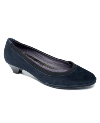 Hush Puppies Shoes, Eminence Pumps Women's Shoes