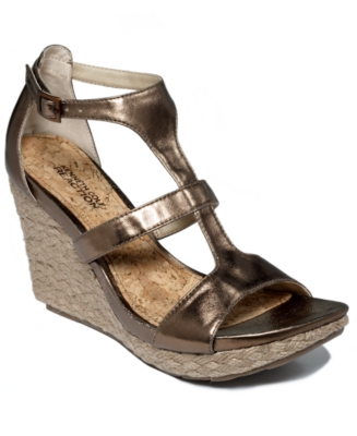 Kenneth Cole Reaction Shoes, Kiss or Dare Wedges Women's Shoes