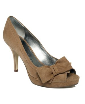 Marc Fisher Shoes, Manilla Pumps Women's Shoes