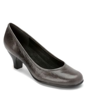 Aerosoles Shoes, Wise Guy Pumps Women's Shoes