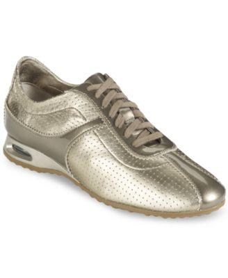 Ecco Women's Vibration Toggle Sneakers