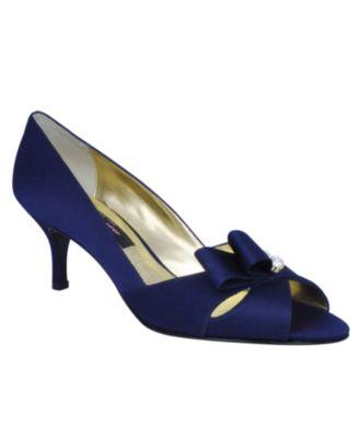 Nina Shoes, Conjesa Evening Pumps
