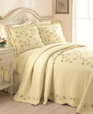 Rose Garden Queen Bedspread