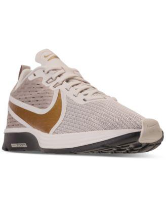nike zoom strike women's running shoes