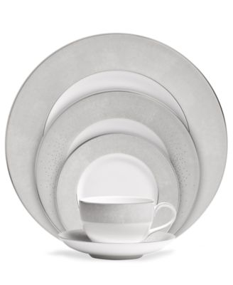 Monique Lhuillier Waterford Dinnerware, Stardust 5 Piece Place Setting