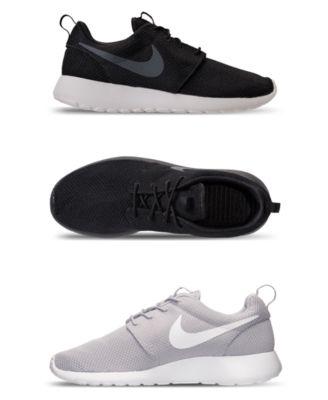 Nike Men's Roshe One Casual Sneakers
