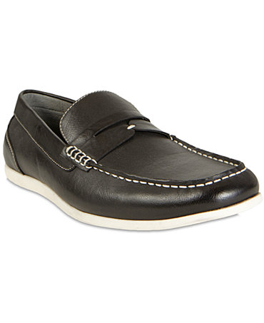Shop ShoeMall for a huge selection of men's shoes online. Browse slippers for men, wide shoes for men & even brand name men's apparel. Free shipping on all purchases.