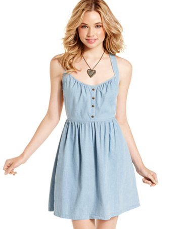 http://slimages.macys.com/is/image/MCY/products/4/optimized/1205464_fpx.tif?$filterlrg$&wid=370