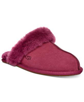 UGG® Women's Scuffette II Slippers