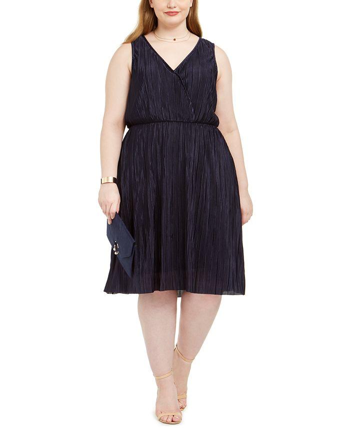 Love Squared - Trendy Plus Size Pleated Surplice Dress
