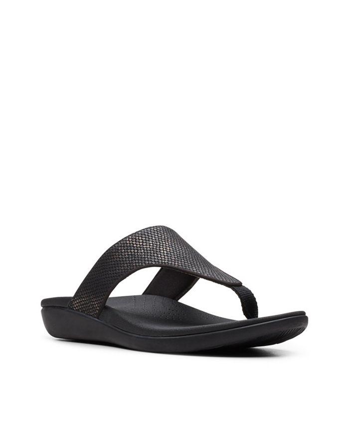 Clarks - Brio Vibe Flip-Flop Sandals