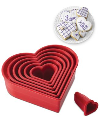 Cake Boss Heart 7 Piece Cake Cutter Set