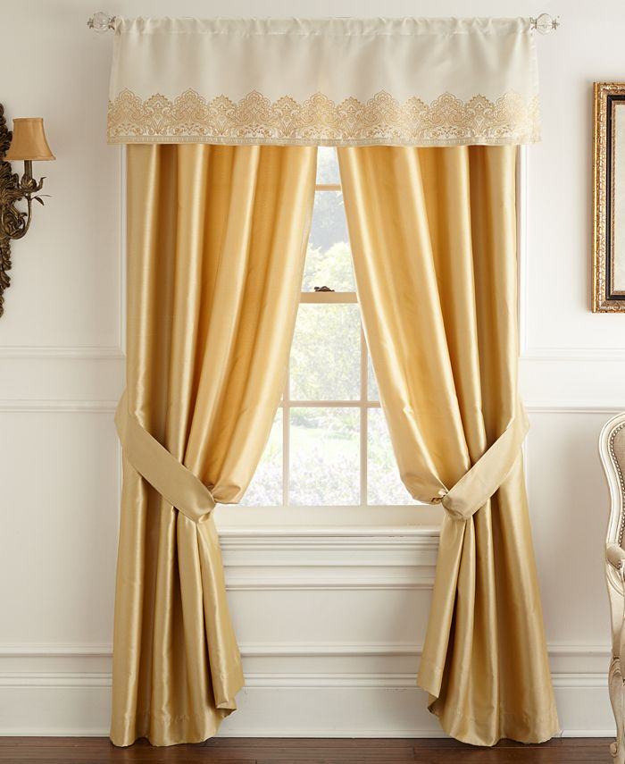 "Waterford - Sutton Square 55"" x 21"" Window Valance"