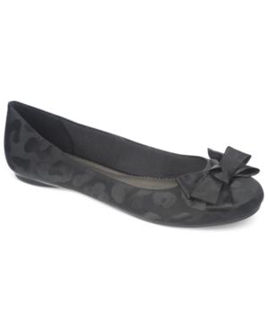 Fergalicious Aspen Bow Flats Women's Shoes