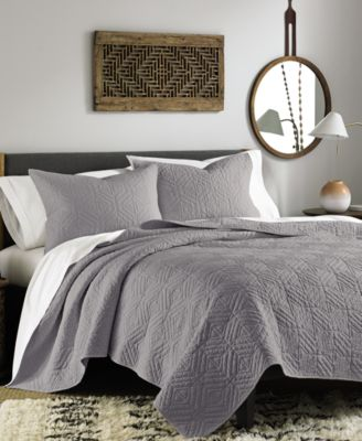 Bar III Interlock Grey Twin Quilt