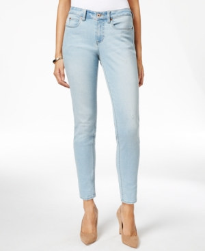 CeCe Distressed Sky Wash Skinny Jeans