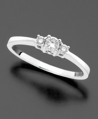 14k Gold Diamond Promise Ring (1/5 ct. t.w.)