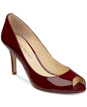 Ivanka Trump Cleo Pumps Women's Shoes