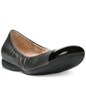 Naturalizer Campo Round Toe Flats Women's Shoes