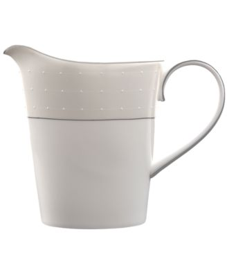 Monique Lhuillier Waterford Dinnerware, Etoile Platinum Creamer