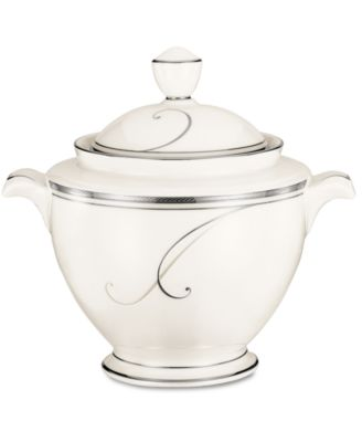 Noritake Dinnerware, Platinum Wave Covered Sugar Bowl