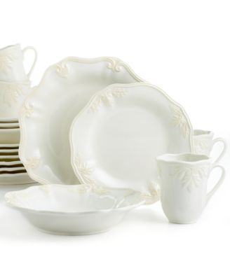 Lenox Dinnerware, Butler's Pantry 16 Piece Dinnerware Set