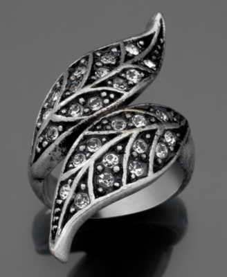 GUESS Ring, Silvertone Leaf