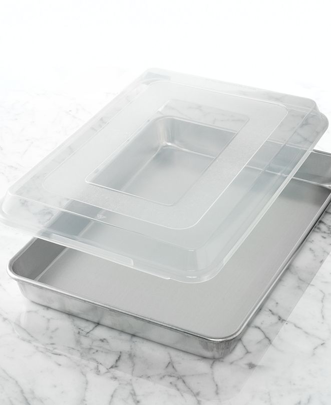 "Nordic Ware Commercial 13"" x 18"" Covered Baking Pan"