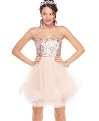 fuzzysweaters: homecoming dresses!