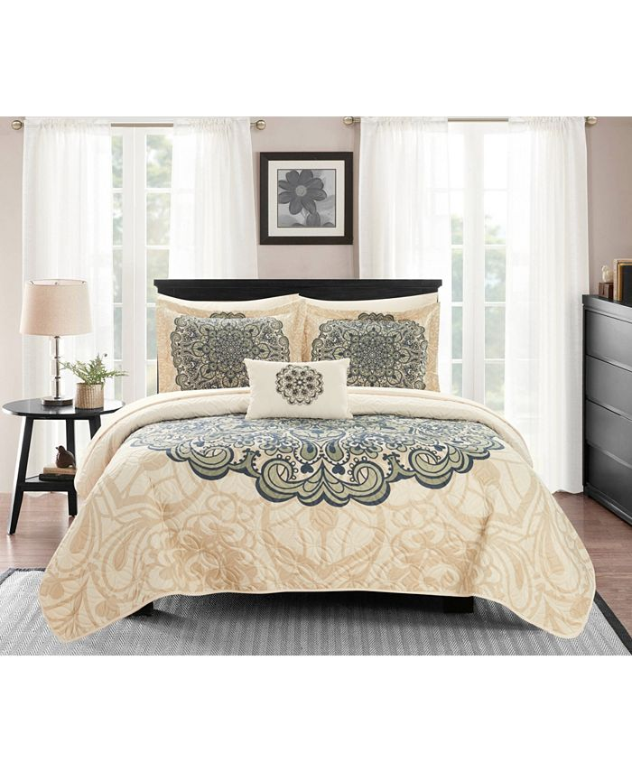 Chic Home - Raina 8 Piece Queen Bed in a Bag Quilt Set