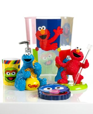 Http Www1 Macys Com Shop Product Jay Franco Bath Sesame Street Retro Collection Id 707369