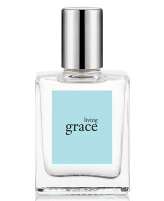 Embrace your beauty and express your femininity with amazing grace floral perfume (eau de toilette). Our best-selling, amazingly clean, beautifully feminine scent of welcoming bergamot greets the senses, while irresistibly soft, clean muguet blossoms and lasting musk endure with its classic beauty.