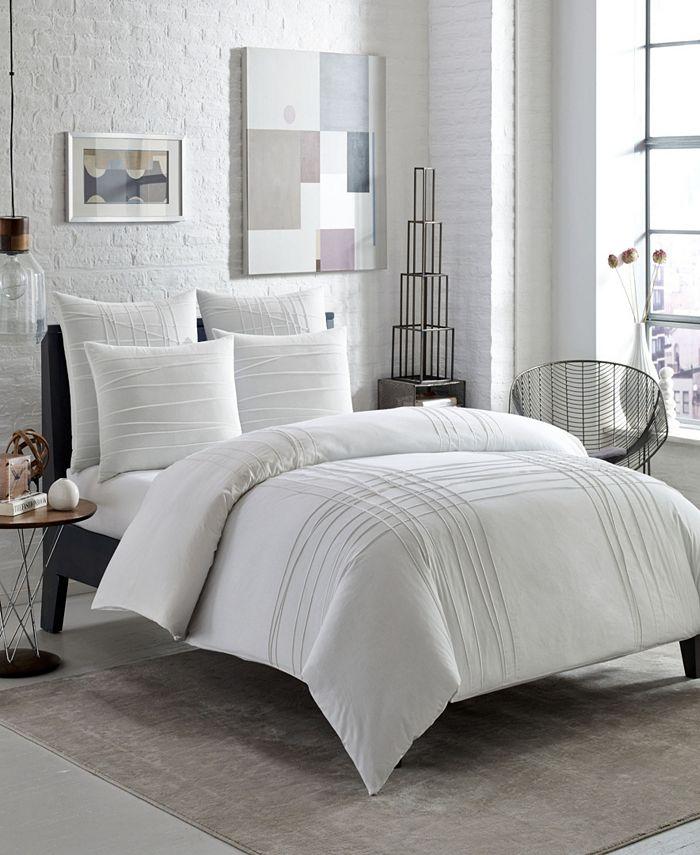 City Scene - Variegated Pleats Twin Comforter Set